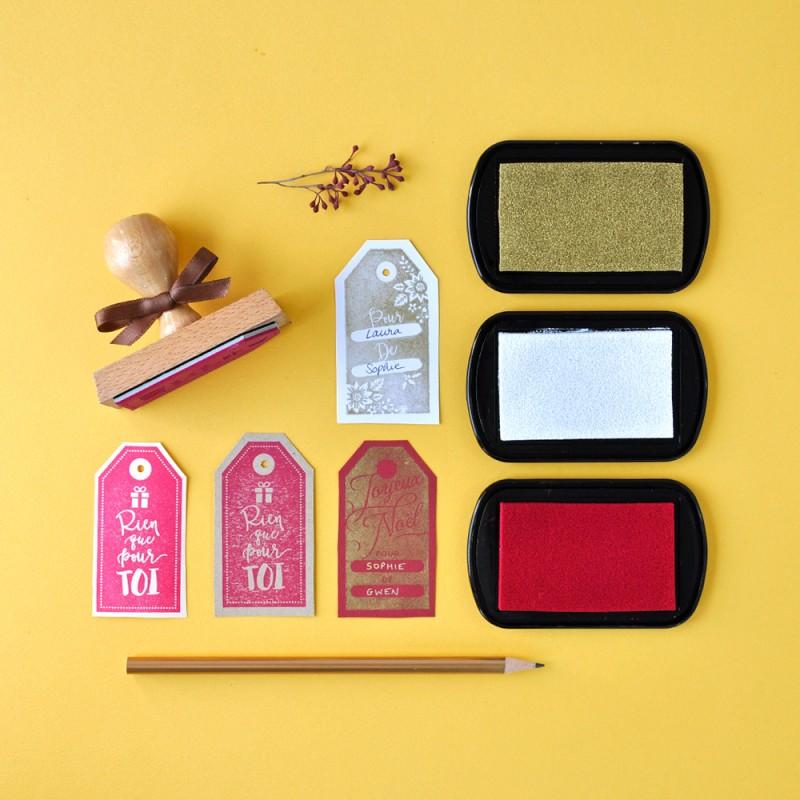 tampon motif tiquette r alisez vous m me vos tiquettes cadeaux. Black Bedroom Furniture Sets. Home Design Ideas